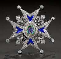 A SILVERED GOLD, DIAMOND AND ENAMEL COMMANDER'S BREAST PIN OF THE ORDER OF CHARLES III Spain, circa 1773 Unmar