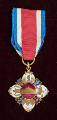 RENOIR'S AMERICAN MEDAL OF HONOR  THE RENOIR COLLECTION