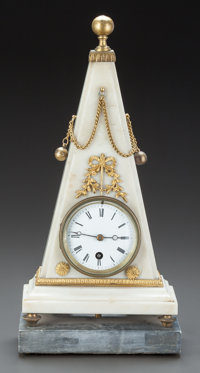 AN EMPIRE-STYLE WHITE MARBLE AND GILT BRONZE MOUNTED TRIANGULAR CLOCK ON GRAY MARBLE BASE 20th century 15-1/2 i