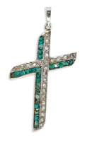 Estate Jewelry:Pendants and Lockets, Antique Diamond, Emerald, Platinum-Topped Gold Pendant. The crossfeatures rose-cut diamonds weighing a total of approxima...