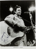 Music Memorabilia:Autographs and Signed Items, Johnny Cash Signed Photo....