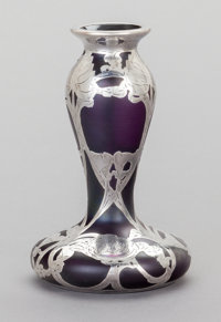 AN AMERICAN GLASS AND SILVER OVERLAY VASE, La Pierre Mfg. Co., New York, New York & Newark, New Jersey, circa 19...