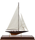 Maritime:Decorative Art, SHIP MODEL OF THE 'ENDEAVOUR'. Lannan Ship Model Gallery, Boston,Massachusetts. A fine model, fully rigger and presented in...