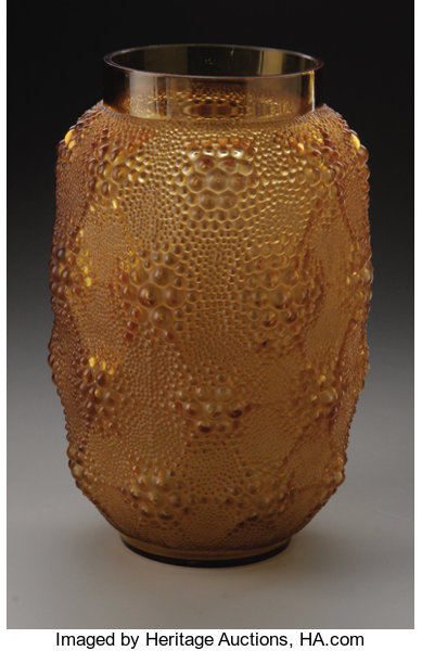 A French Glass Vase R Lalique 1932 The Brown Glass Lot 30430