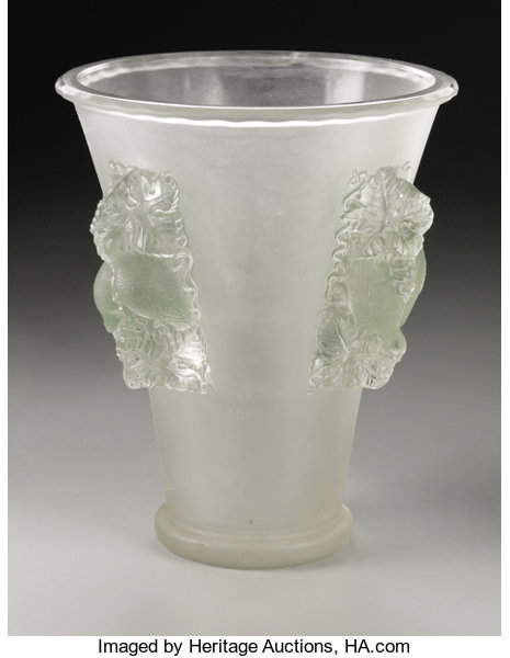 A French Glass Vase R Lalique 1942 The Frosted Vase In Lot