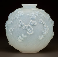 R. LALIQUE OPALESCENT GLASS DRUIDE VASE WITH BLUE PATINA Circa 1924. Engraved