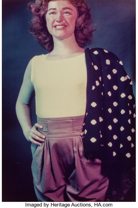 CINDY SHERMAN (American, b. 1954)Untitled #118, 1983Chromogenic print34-7/8 x 23-1/4 inches (88.6 x 59.1 cm)Ed. ...