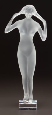 LALIQUE CLEAR AND FROSTED GLASS ISIS STATUETTE Post 1945. Engraved Lalique, Fr