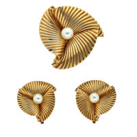 Cultured Pearl, Gold Jewelry Suite