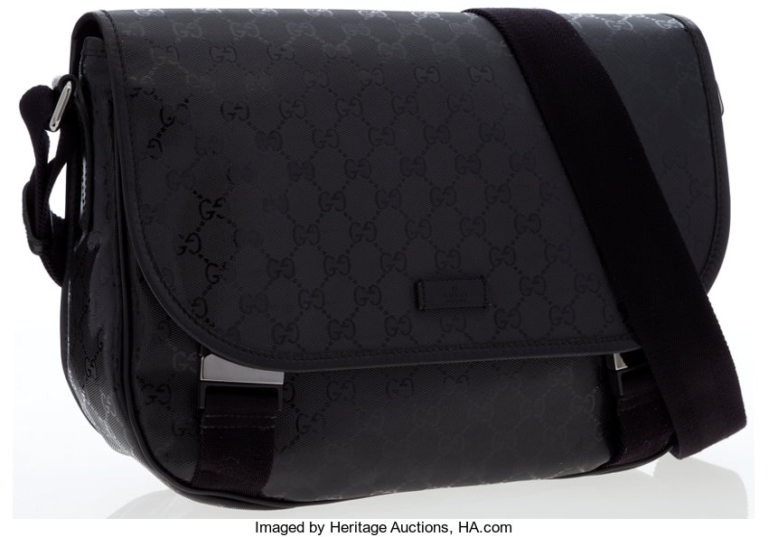 2ce770adecd6 Gucci Black Monogram Imprime Messenger Bag. ... Luxury Accessories ...
