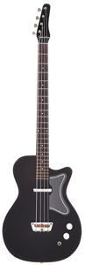 Musical Instruments:Bass Guitars, Early 1960's Silvertone 1444 Black Electric Bass Guitar....