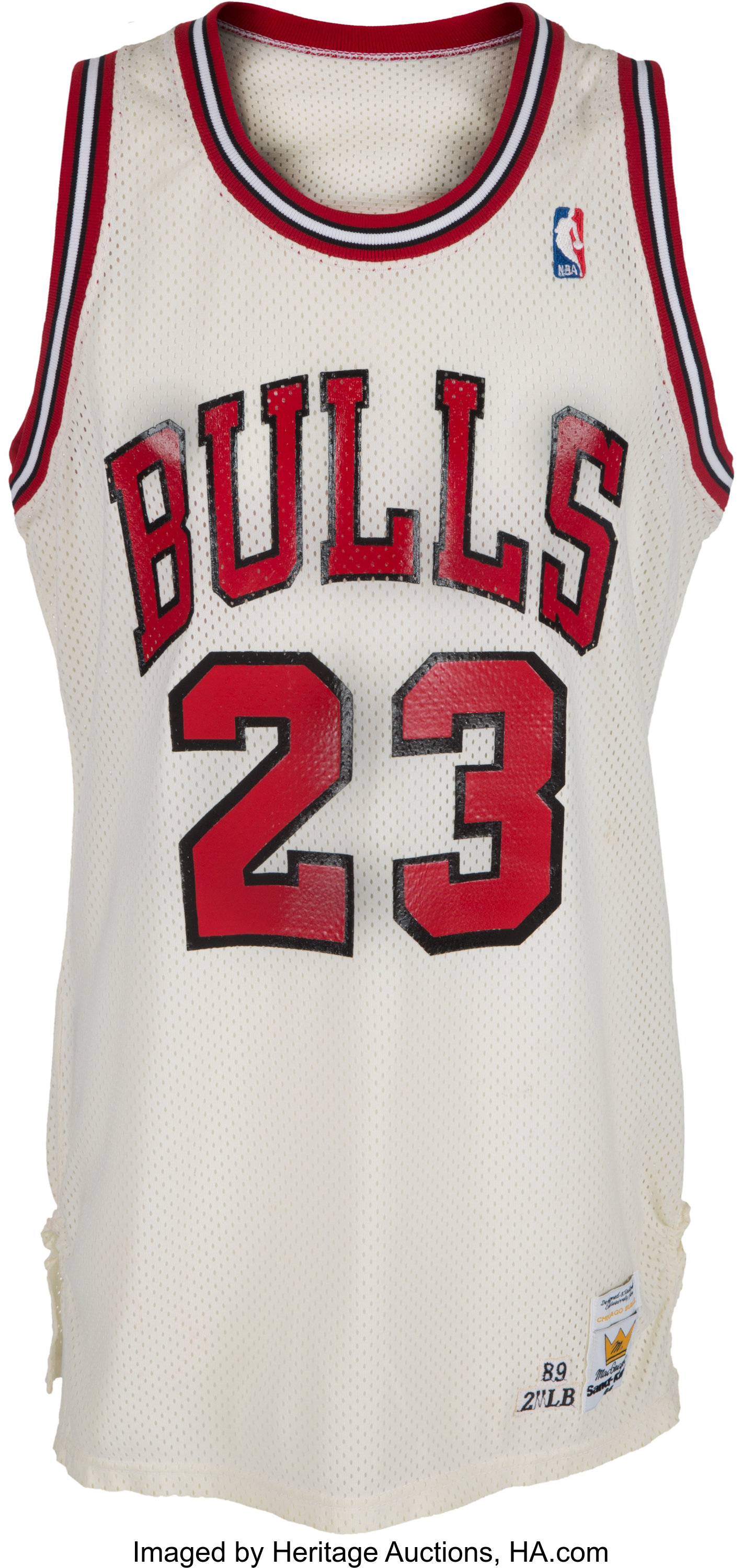 official photos 2371b c4cb0 1989-90 Michael Jordan Game Worn Chicago Bulls Jersey ...