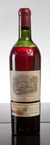 Red Bordeaux, Chateau Lafite Rothschild 1945 . Pauillac. hs, spc, late release. Bottle (1). ... (Total: 1 Btl. )