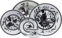 Hermes Black & White Estampe de Toucans Limoges Porcelain Twelve Place Setting Excellent Condition <