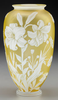 THOMAS WEBB OVERLAY GLASS FLORAL VASE, circa 1880 9-1/8 inches high (23.2 cm)  PROPERTY FROM THE COLLECTION