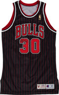 Basketball Collectibles:Uniforms, 1996-97 Jud Buechler Game Worn, Signed Chicago Bulls Jersey andShorts - With CharitaBulls Letter....