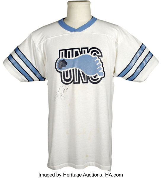 separation shoes 9c92e 7fa05 Michael Jordan Signed Vintage UNC Tee Shirt. Vintage ...