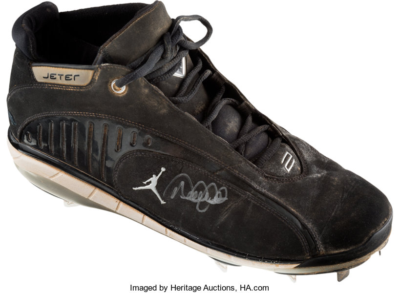 2007 Derek Jeter Game Worn Signed Air Jordan Cleat with  590a626c2