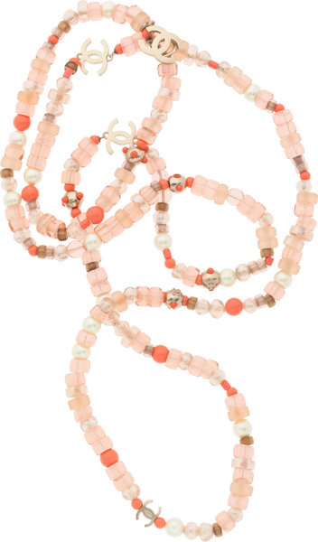 78803363277c Chanel Glass Pearl   Pink Beaded CC Necklace . Very Good