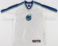 Basketball Collectibles:Uniforms, Dallas Mavericks Shooting Shirt and Shorts....