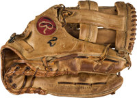 1975-76 Bobby Murcer Game Used Fielder's Glove from The Bobby Murcer Collection