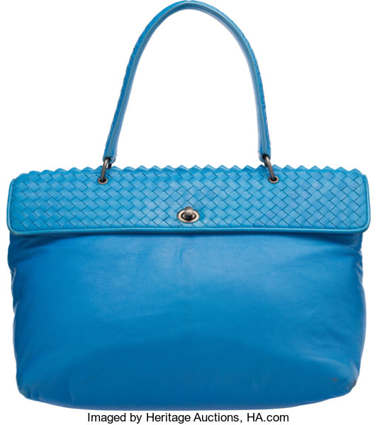 Bottega Veneta Signal Blue Intrecciato Nappa Leather Lave Bag. Good ... 6902a665fd7b3