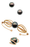Estate Jewelry:Suites, South Sea Cultured Pearl, Diamond, Gold Jewelry Suite. ... (Total:4 Items)