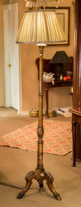 Decorative Arts, Continental:Other , A Carved Mahogany Floor Lamp, 20th century. 71-1/4 inches high(181.0 cm). ...