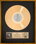 Music Memorabilia:Awards, Doobie Brothers Best Of The Doobies Volume II RIAA GoldRecord Award (WB Records BSK 3612, 1981)....