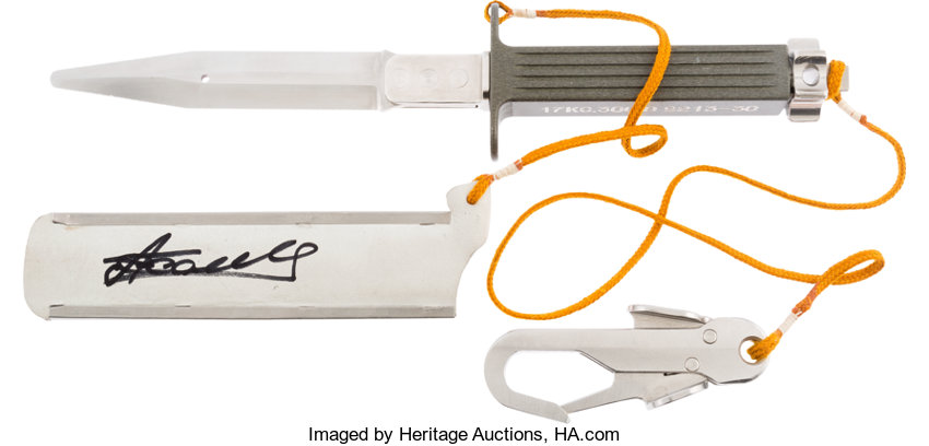 What make/model of knife was the cosmonaut using on the ISS? - AR15 COM