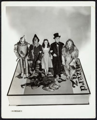 """The Wizard of Oz (MGM, 1939). Publicity Photo (8"""" X 10""""). Fantasy"""