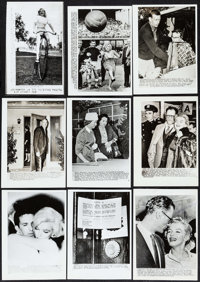 """Marilyn Monroe (1950s-1960s). Wire Service Photos (14) (5"""" X 7""""). Miscellaneous. ... (Total: 14 Items)"""