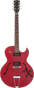 Musical Instruments:Electric Guitars, 1993 Gibson ES-135 Red Semi-Hollow Body Electric Guitar, Serial #92423325....