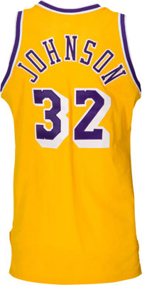 1989-90 Magic Johnson Game Worn   Signed Los Angeles  083821a50