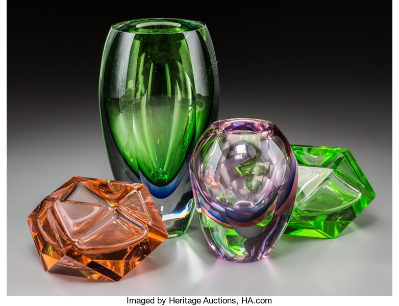 A Group Of Four Italian Optical And Colored Glass Vases Lot 62313