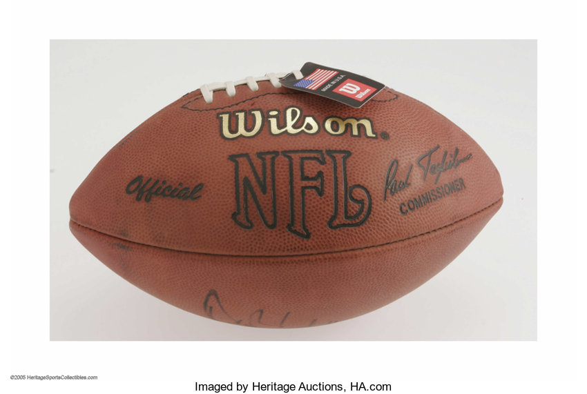Perfect black sharpiesignature from this  Football Collectibles Balls 62a562ab2