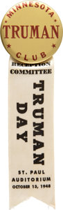 Political:Pinback Buttons (1896-present), Harry S Truman: Minnesota Club Button with Ribbon....
