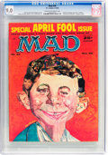 Magazines:Mad, MAD #39 (EC, 1958) CGC VF/NM 9.0 Cream to off-white pages....