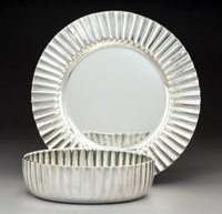 A Fratelli Cacchione Silver Centerpiece Bowl on Tray, Milan, post-1968 Marks: FC, 925, (star