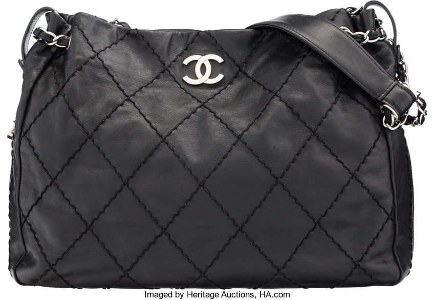 91d5ea0b7b71 Chanel Black Quilted Lambskin Leather Zipper Tote Bag. Condition ...