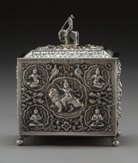 An Anglo-Indian Silver Tea Caddy With Figural Finial, circa 1900 5-1/2 x 4-3/8 x 2-1/4 inches (14.0 x 11.1 x 5.7 c