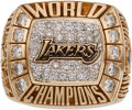 Basketball Collectibles:Others, 2000 Los Angeles Lakers NBA Championship Ring....