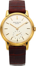 Timepieces:Wristwatch, Patek Philippe, Ref. 2584J, 18k Yellow Gold Calatrava, Circa 1958....