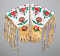 A Pair of Plateau Beaded Hide Gauntlets c. 1910 ... (Total: 2 Items)