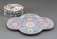 A Chinese Canton Enameled Quatrefoil Tray and Hinged Box, Qing Dynasty, late 18th-early 19th century 1/2 x 9-1/4 x