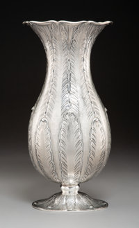 A Buccellati Silver Repoussé Vase, Milan, late 20th century Marks: BUCCELLATI, ITALY, STERLING 14 x
