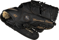 2007 Mariano Rivera Game Issued Fielder's Glove, PSA/DNA Authentic