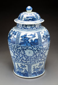 A Large Chinese Blue and White Porcelain Jar with Cover, Qing Dynasty 23-1/4 x 15 inches (59.1 x 38.1 cm)