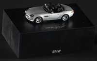 James Bond - The World is Not Enough (BMW, 1999). Mint. BMW Z8 Dealer Edition Die-Cast Model Car (1:43 Scale) in Display...