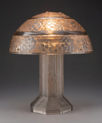 R. Lalique Glass Saint-Vincent Table Lamp with Sepia Patina, circa 1926 Marks to